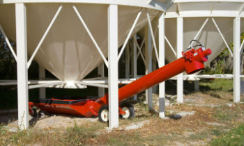 FarmKing-UnloadingAuger-Series.jpg
