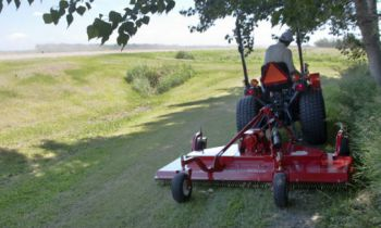 CroppedImage350210-FarmKing-FinishMower-HD-555.jpg